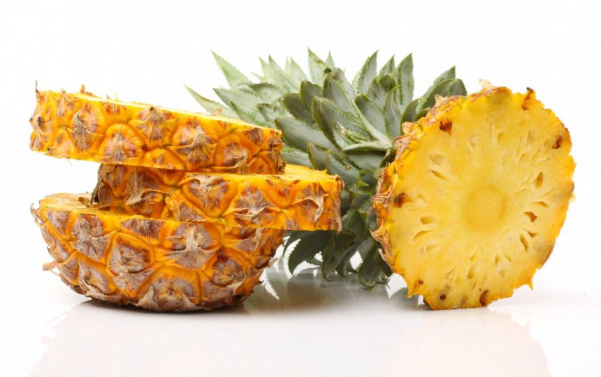ananasų ir širdies sveikata)
